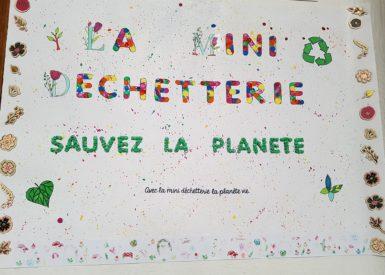 des-bacs-de-recyclage-a-lecole