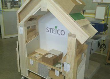 maquette-pedagogique-dune-maison-en-bois