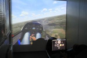 dans la cabine du simulateur au CVVL